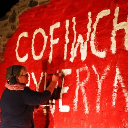 in-pictures-restoration-of-cofiwch-dryweryn-mural-completed-as-artist-gives-iconic-wall-a-final-coat-of-paint