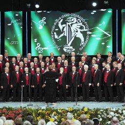 fron-choir-to-release-its-sixth-studio-album