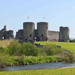 9000-year-old-camping-hotspot-found-near-welsh-castle