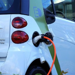 cardiff-will-need-10000-electric-vehicle-charging-points-by-2025-it-is-claimed