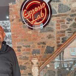 forest-whitaker-breaks-from-set-to-relax-at-cardiff-cafe