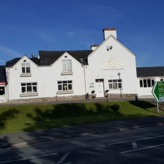 Talgarth_Wales_Castle_hotel.jpg