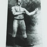 Toff Wall, an easygoing pugilist.