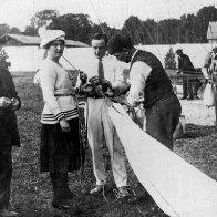 Balloon prelaunch Cardiff 1919