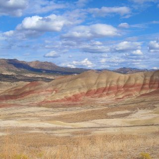paintedhills12.jpg