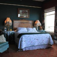 bed_agatha_christie_room