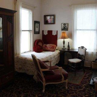 colette_room.JPG.jpg