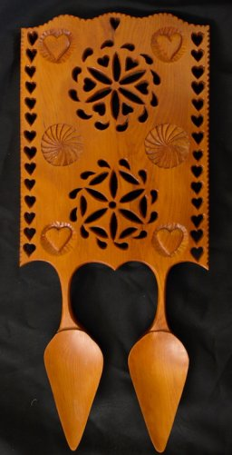 Wide Panel Welsh Double Bowl Spoon in Pacific Yew wood
