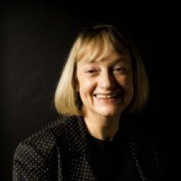 Evonne Wareham, Welsh author