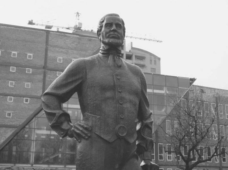 Statue of John Hughes in Donetsk