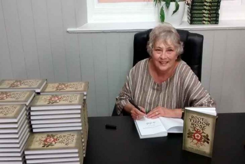 mari griffith book signing