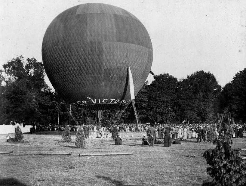 Cardiff, balloon 1919
