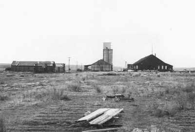 Warehouses_1979__Shaniko_Oregon.jpg
