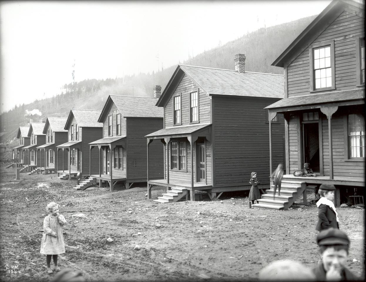 1902 ca MinershomesFranklinWA.jpg