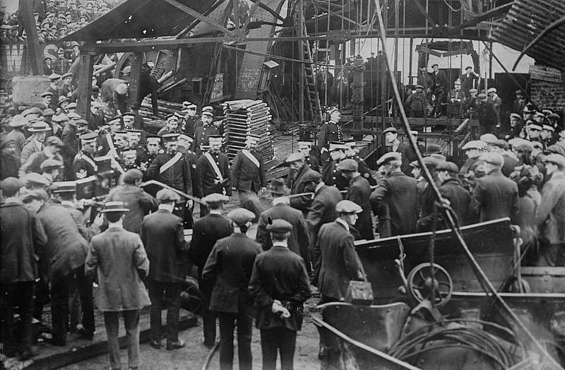 The aftermath of a Welsh colliery disaster