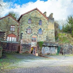 plans-to-turn-listed-victorian-iron-works-into-hotel-and-restaurant