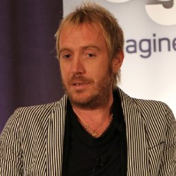 welsh-actor-rhys-ifans-backs-bid-to-reopen-village-pub-as-clock-counts-down