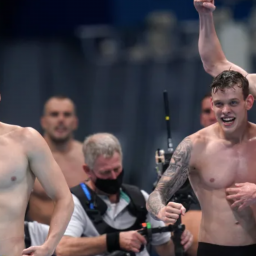 welsh-swimmers-win-olympic-gold-in-the-pool-for-the-first-time-since-1912-itv-news